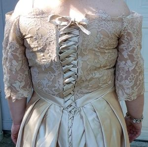 Plus size wedding/formal dress new